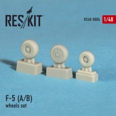 F-5 (A/B) смоляные колеса (1/48)