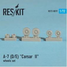 """A-7 """"Corsair II"""" (D)  смоляные колеса  (1/72)"""