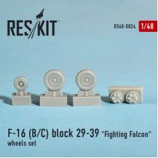 "F-16 (B/C) block 29-39 ""Fighting Falcon"" смоляные колеса (1/48)"