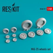 Mig-25 смоляные колеса (1/48)