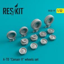 """A-7 """"Corsair II"""" (D) смоляные колеса  (1/32)"""