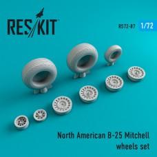 B-25 Mitchell смоляные колеса (1/72)