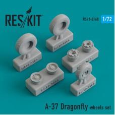 A-37 Dragonfly смоляные колеса (1/72)