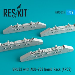 BRU32 with ADU-703 Bomb Rack (4 штуки)   (1/72)