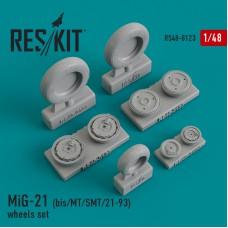 МиГ-21 (БИС/МТ/СМТ/21-93) смоляные колеса (1/48)