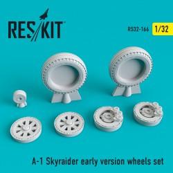 A-1 Skyraider early version смоляные колеса (1/32)